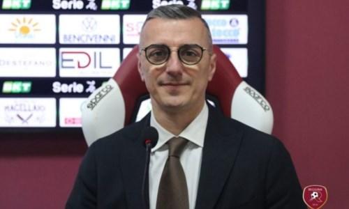 L'addioLa Reggina saluta il Dg Giuseppe Mangiarano: ecco l'ufficialità del club amaranto