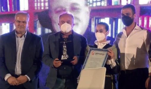 L'eventoL'orafo Affidato firma il premio Faro di Mormanno assegnato al procuratore Gratteri