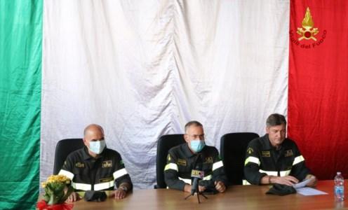 La cerimoniaCatanzaro, passaggio di consegne al Comando dei Vigili del fuoco di Catanzaro