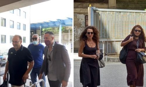 A sinistra la delegazione della Lega, a destra Wanda Ferro