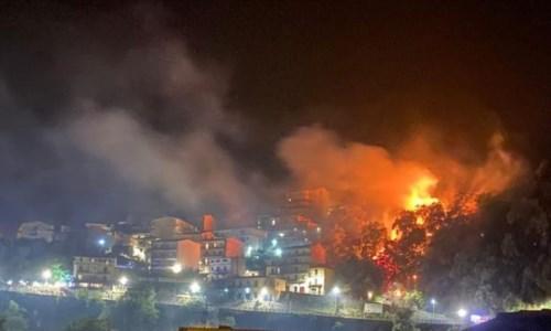 Incendi nel Crotonese, denunciata una donna di Isola Capo Rizzuto e un uomo di Mesoraca