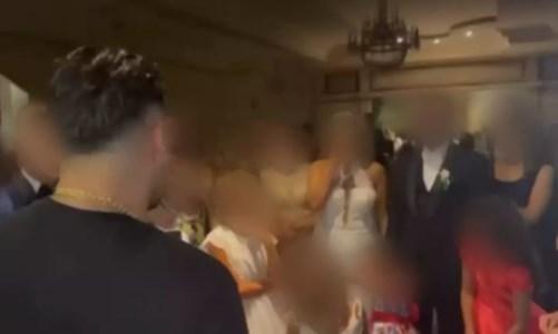 Il casoPalmi, il cantante neomelodico alle nozze della figlia del narcotrafficante con un messaggio dalla cella