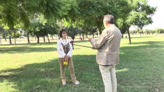 Bruni intervistata nel parco Impastato