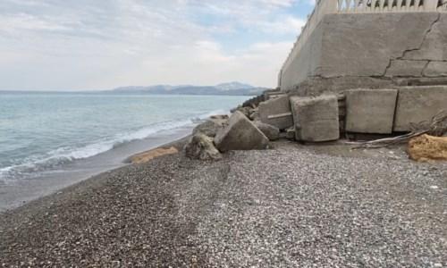 Uno dei tratti costieri di Calopezzati