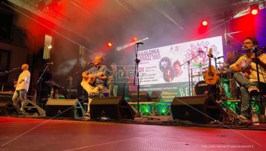 La kermesseConcluso il Kaulonia Tarantella Festival, la musica ritrovata nel segno della resilienza