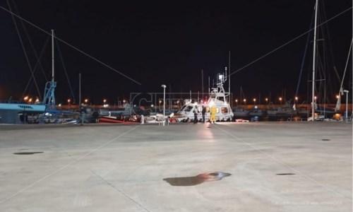 La trattaMigranti, altro sbarco in Calabria: 70 persone soccorse al largo di Roccella