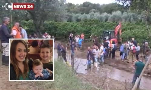 Tragedia di San PietroAlluvione Lamezia, salta l'udienza preliminare per la morte di Stefania e i suoi bimbi: la famiglia parte civile