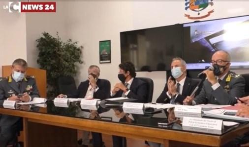 Gli inquirenti durante la conferenza stampa
