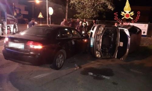 Le due auto coinvolte nell'incidente a Badolato