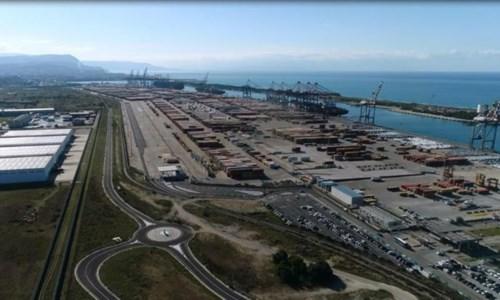 La decisione Svolta epocale per il porto di Gioia Tauro: via libera al gateway ferroviario, ora il Nord non ha più scuse