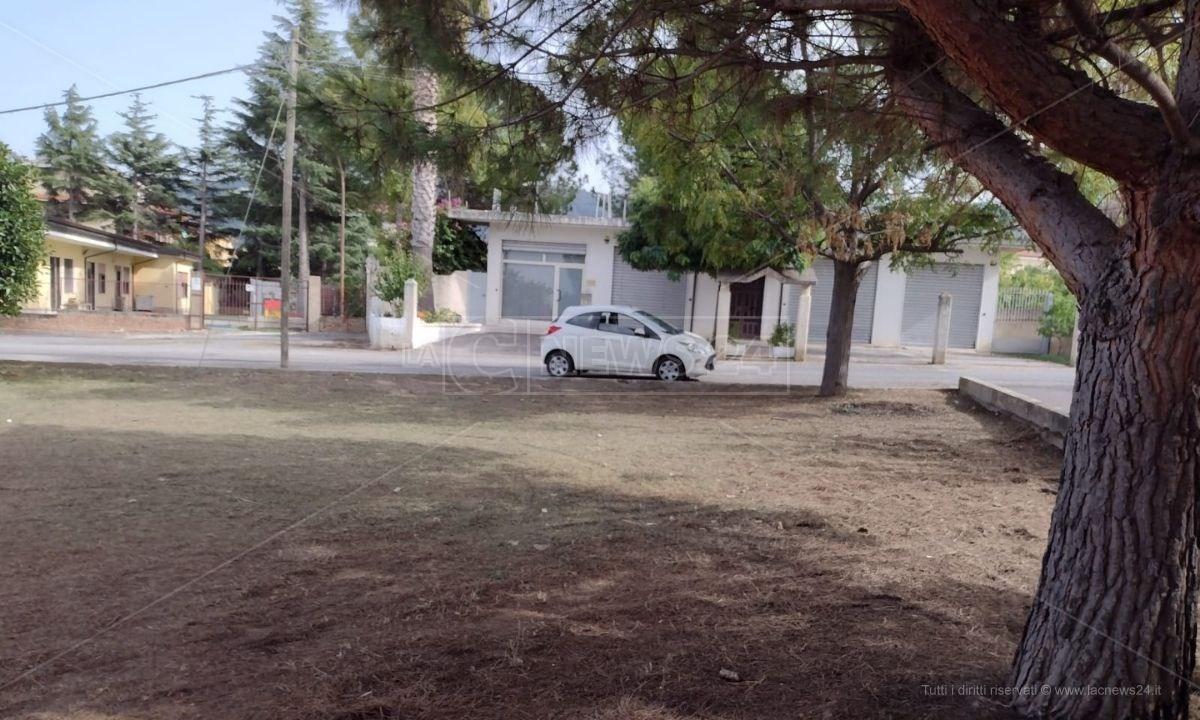 L'area dove saranno installati i gazebo che ospiteranno gli alunni della scuola di Porto Salvo