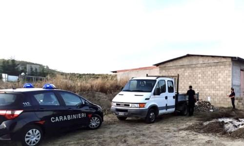 Nel CrotoneseStrongoli, materiale di scarto edile abbandonato in un terreno: denunciato imprenditore