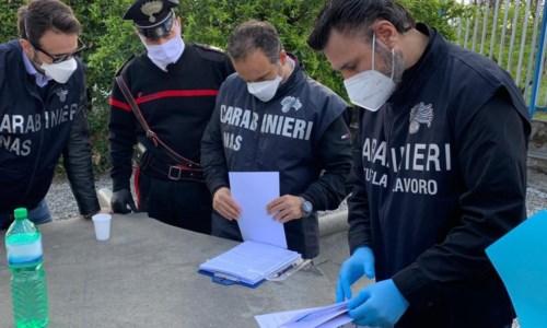 L'ispezioneLavoratori in nero e cibo avariato in albergo del Catanzarese: denuncia e multe per il titolare