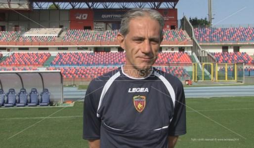 L'allenatore del Cosenza Massimo Zaffaroni