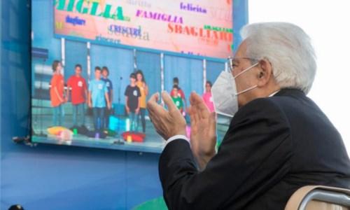 La riflessionePresidente Mattarella, resti anche per il secondo giorno di scuola in Calabria: quello della verità