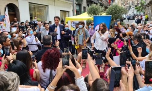 Verso il votoElezioni regionali, Conte a Vibo: «Calabria emergenza nazionale, non possiamo trascurarla»
