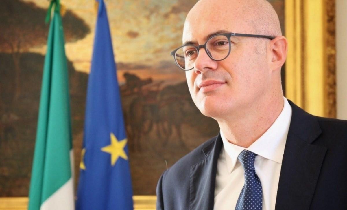 Il ministro Federico D'Incà, foto da fb