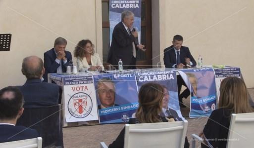 L'iniziativa di Noi con l'Italia ospitata a Cosenza