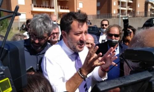 Salvini durante la sua ultima visita in Calabria, nel Crotonese