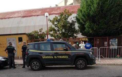 Migranti in fugaNuovo sbarco a Reggio Calabria, è il secondo in tre giorni: al porto arrivano 60 persone