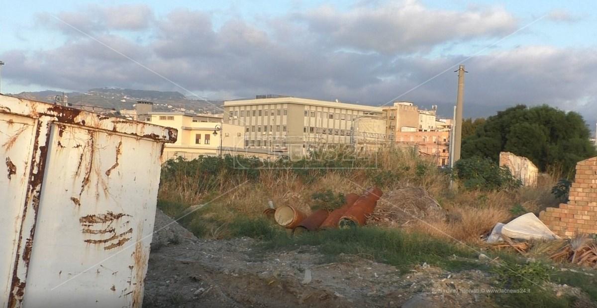 Parco Lineare Sud e il cantiere fermo del Ponte Reggio Calabria