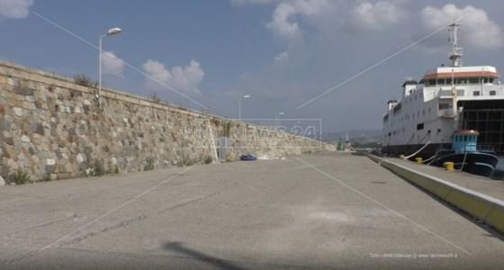 L'emergenzaMigranti, allarme al porto di Reggio: in un mese 600 arrivi e nessuna struttura di prima accoglienza