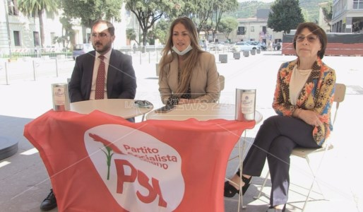 Da sinistra Enzo Maraio, Francesca Rosa D'Ambra e Amalia Bruni