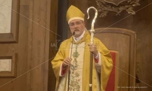 Chiesa calabreseDiocesi Mileto, il nuovo vescovo si presenta ai fedeli: «I figli sono il più grande dono che Dio vi ha fatto»