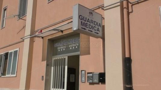 Sanita' nel caosA Catanzaro guardia medica senza garze, un paziente: «Mandato al pronto soccorso per un banale taglio»
