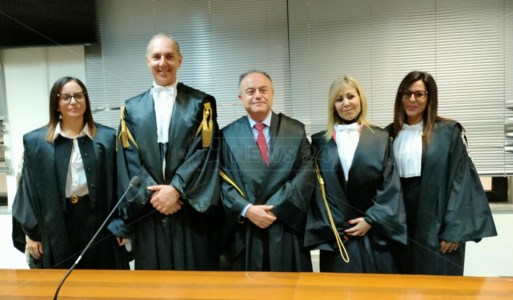 L'insediamentoCatanzaro, ha giurato il nuovo procuratore aggiunto Giulia Pantano: «Un onore per me, sono calabrese»