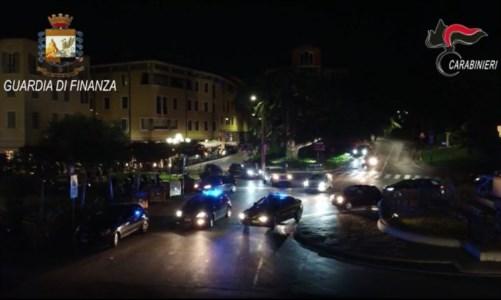 'NdranghetaCinque fermi tra Brescia, Reggio Calabria e Vibo: progettavano un omicidio con pistole e bombe a mano