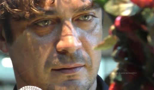 L'attore Riccardo Scamarcio sul palco del Peperoncino Festival