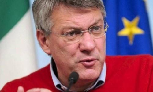 Dopo la violenzaAttacco alla Cgil, Landini in assemblea: «Lo Stato reagisca, tutte le formazioni fasciste vanno sciolte»