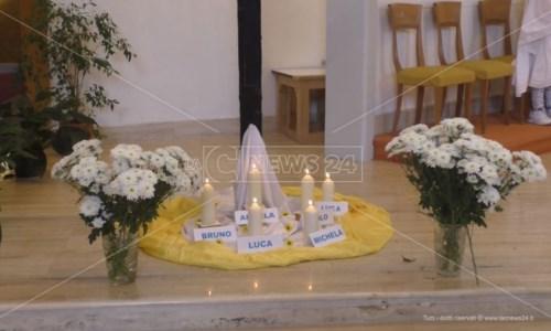 La commemorazioneCrotone ricorda le vittime dell'alluvione del '96: «L'Esaro fa ancora paura, non è cambiato nulla»