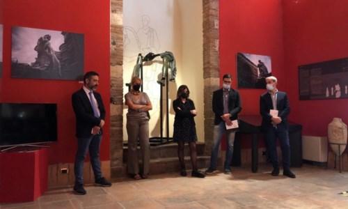 Arte nel capoluogoCatanzaro, il museo archeologico riapre con la mostra del fotografo e scultore Fabio Bix