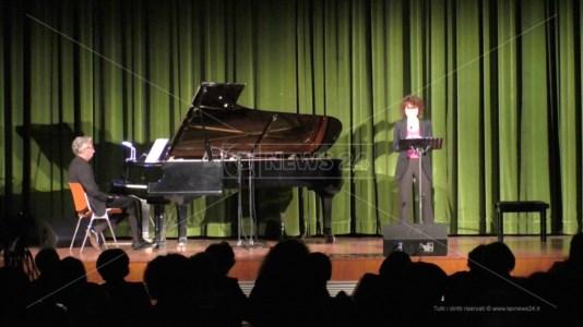 Stefano Giavazzi e Vanessa Gravina interpretano Enoch Arden alla Casa della Cultura Leonida Repaci di Palmi