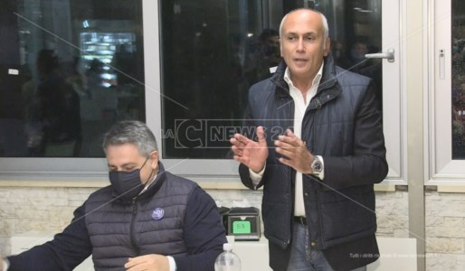 La polemicaBallottaggio Cosenza, Franz Caruso: «In centro nessuno spazio disponibile per chiudere campagna elettorale»