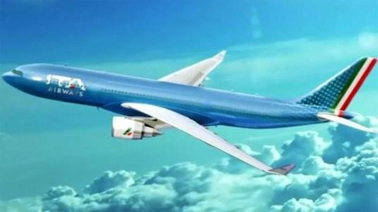 Passaggio di consegneIta decolla e Alitalia atterra per sempre: primo volo della nuova compagnia di bandiera