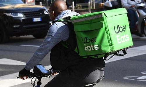 Un rider Uber, foto di repertorio Ansa