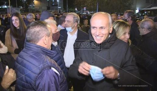 Franz Caruso alla manifestazione di chiusura della campagna elettorale