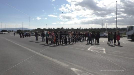 Green pass, al porto di Gioia Tauro nessun blocco e manifestanti delusi: «Non c'è stata solidarietà»