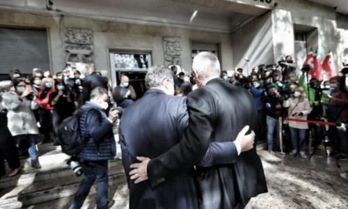 La visita del premier Draghi alla Cgil (foto Ansa)