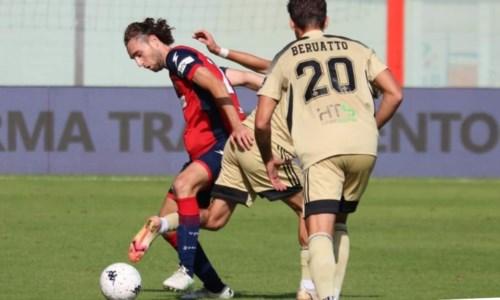 Calcio CalabriaSerie B, il Crotone rialza la testa: allo Scida capolista Pisa battuta 2-1