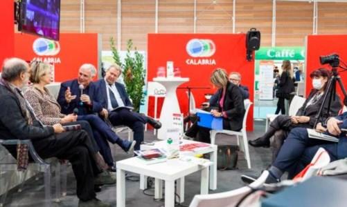 La presentazioneVibo capitale italiana del libro sbarca al salone internazionale di Torino