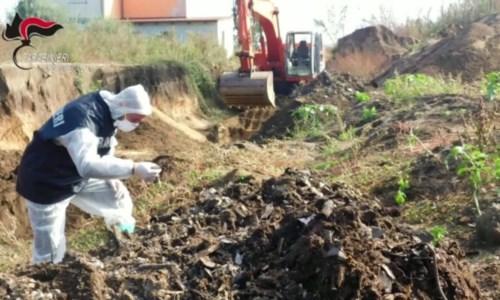 Gli scavi operati dai carabinieri