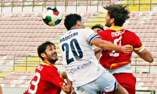 Calcio CalabriaSerie C, la Vibonese pareggia 0-0 a Messina e allunga la serie positiva