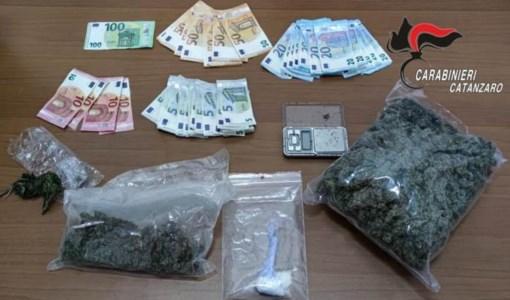 SpaccioTaverna, droga in una moto-ape: arrestato 37enne