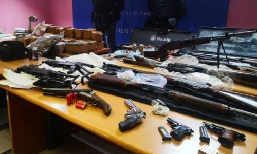 Il blitzDroga e armi nel garage, 31enne calabrese arrestato a Torino