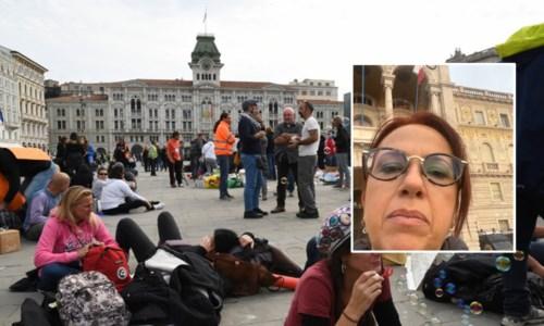La piazza di Trieste (foto Ansa) e, nel riquadro, la senatrice Granato