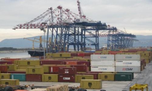 Eccellenze calabresiPorto di Gioia Tauro, record italiano di container movimentati: 8.514 in 24 ore